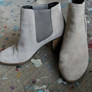 Cole Haan Hayes Gore heeled low booties